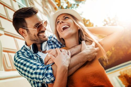 Szczęśliwa para na wakacjach